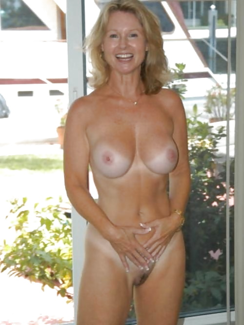 Natural mature women pics-2094