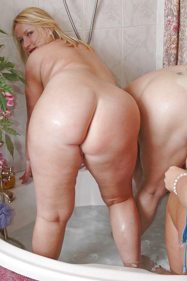 Shower Bbw Lesbian Pee Girls