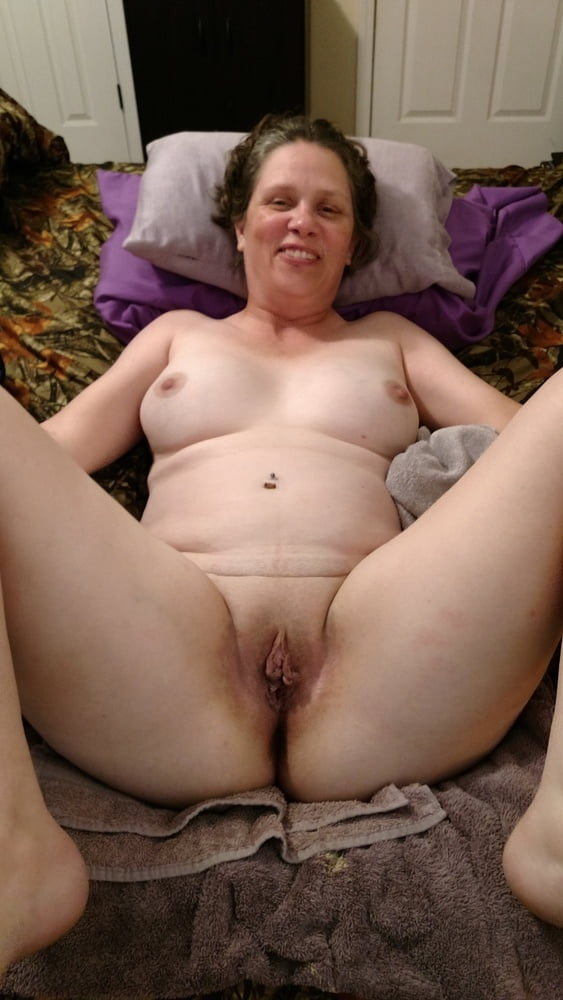 pussy Chubby housewife movie