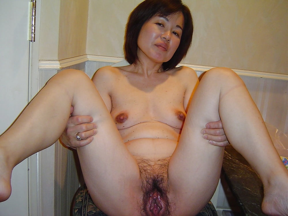 Wife fucking thick cock