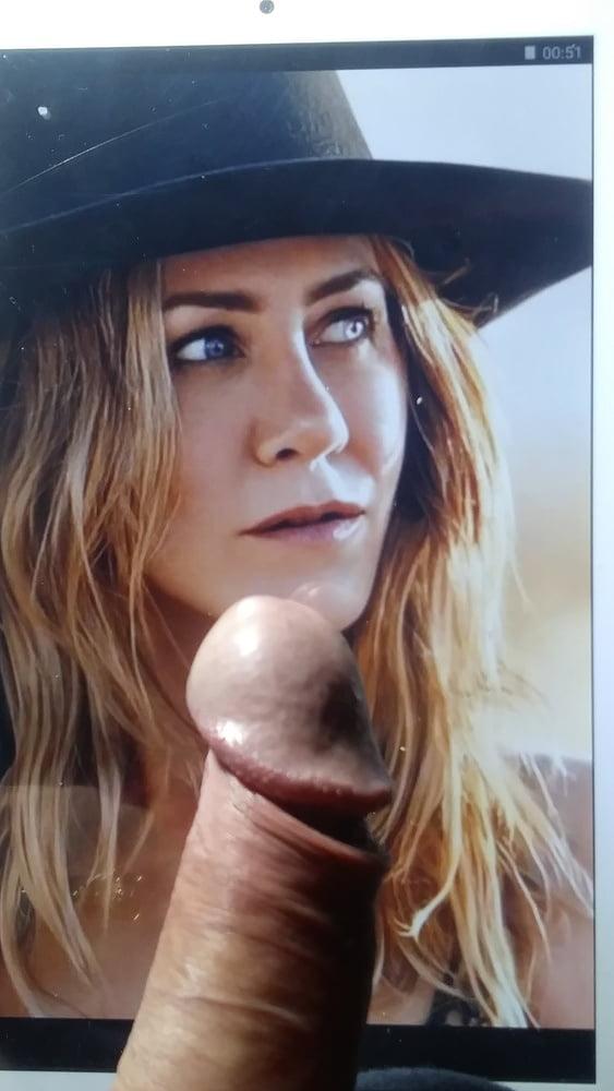 Jennifer Aniston- 32 Pics