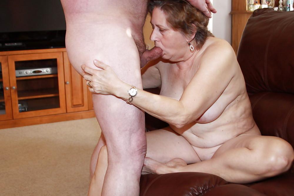 Hot older women having sex-9870