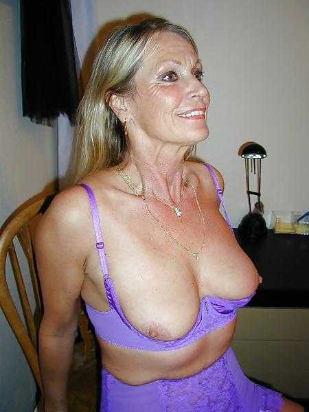 pics Tits in bra