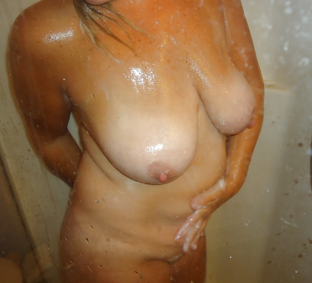 Busty wife shower cam