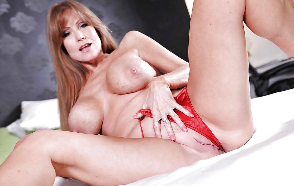 Mature Pornstar Xxx And Mom Porn Pics