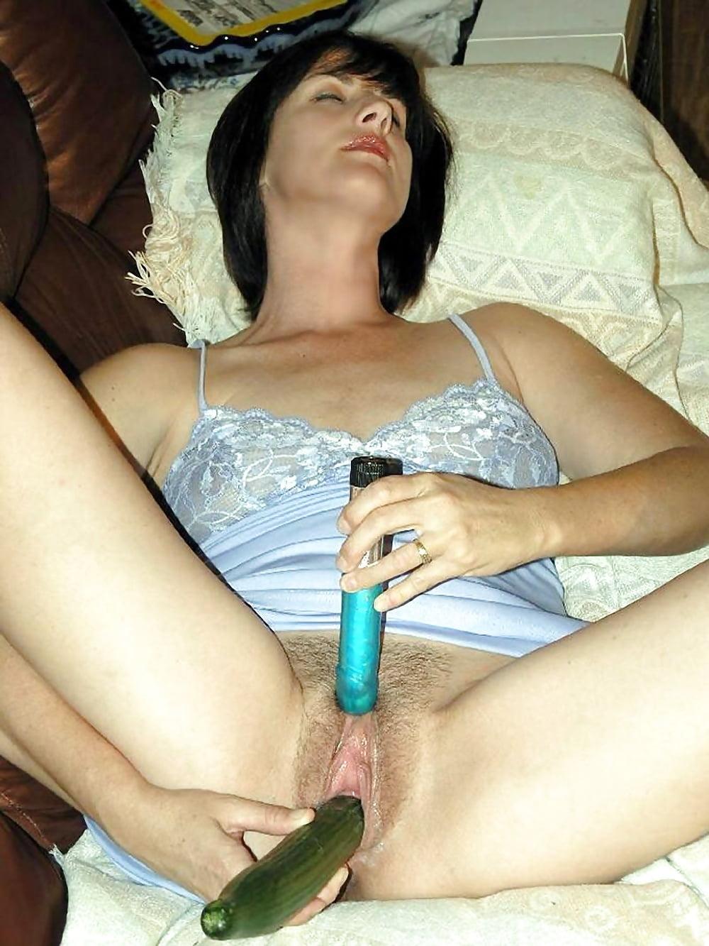 Женщины сами снимают себя на камеру мастурбируют разными предметами подборка — 7