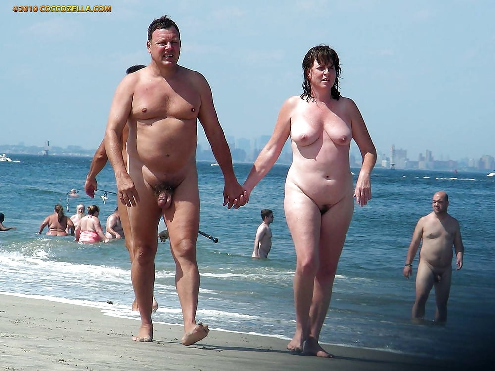 Hairy naked couples-5743