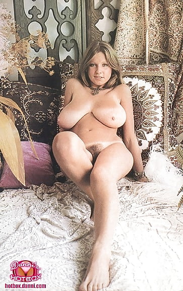 Chubby anal porn pictures