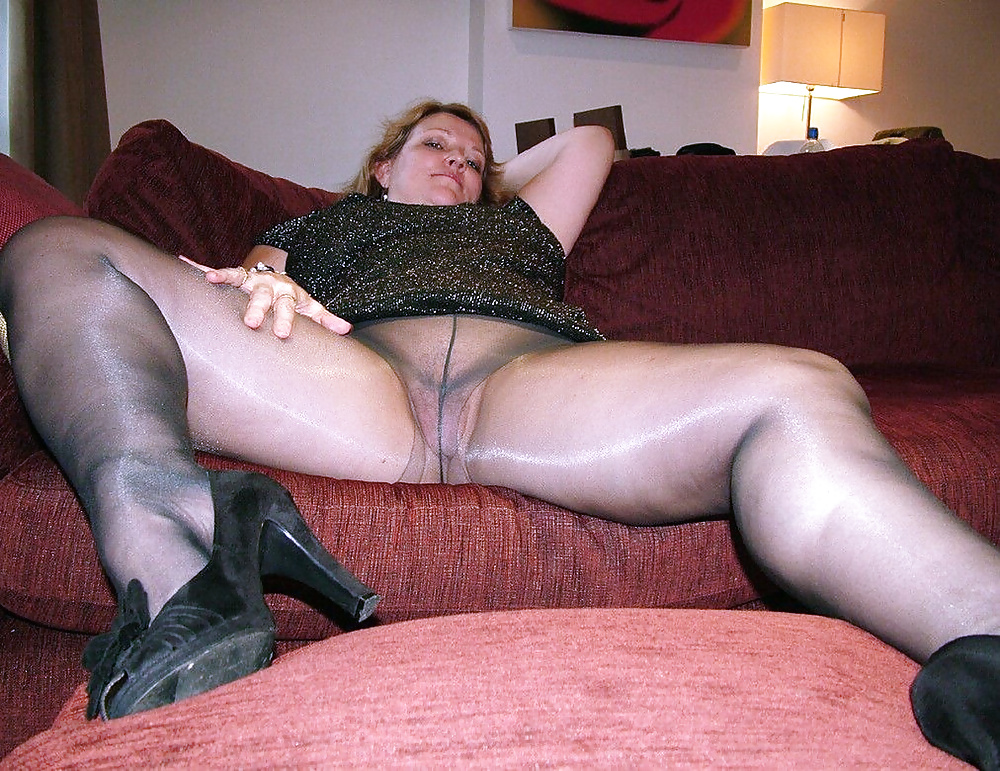 Mature russian in pantyhose fetish fuck