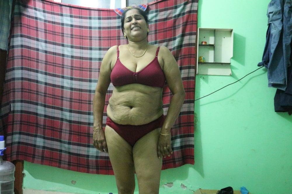 chubby indian nude