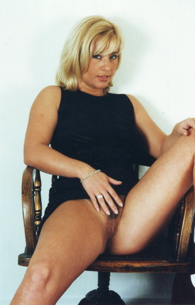 tracey-coleman-pussy-image-rebel-dildo