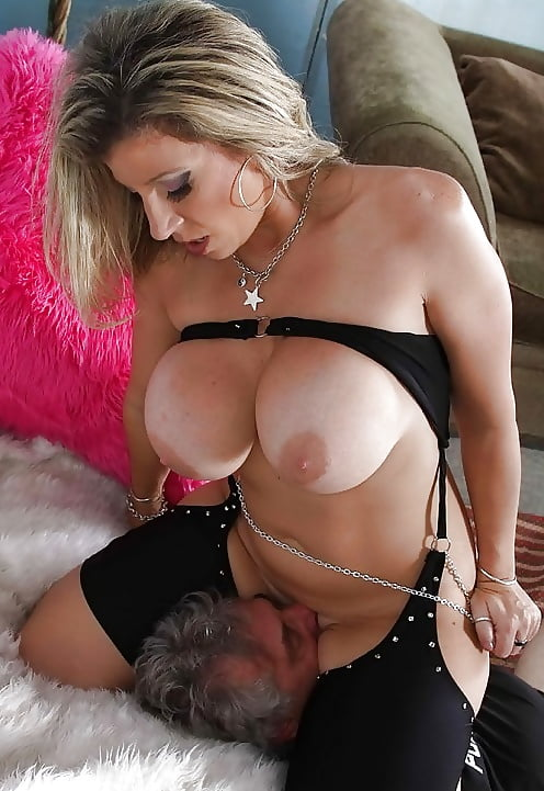 Facesitting and pussy eating with big tits milf edith