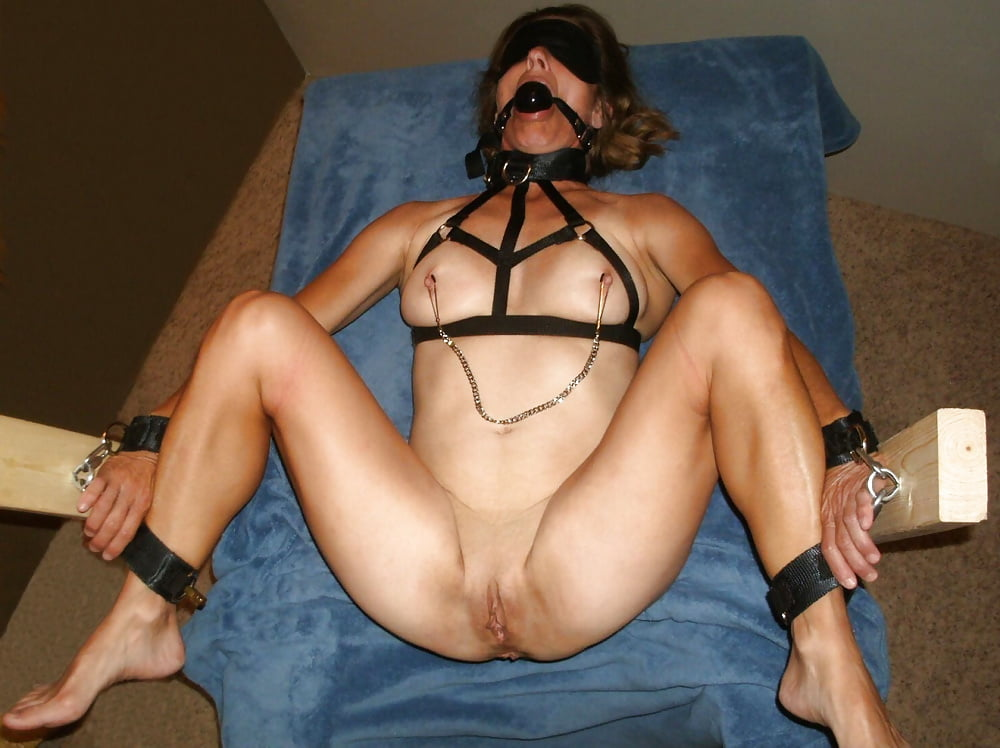 Real amateur wife sex slave — photo 5
