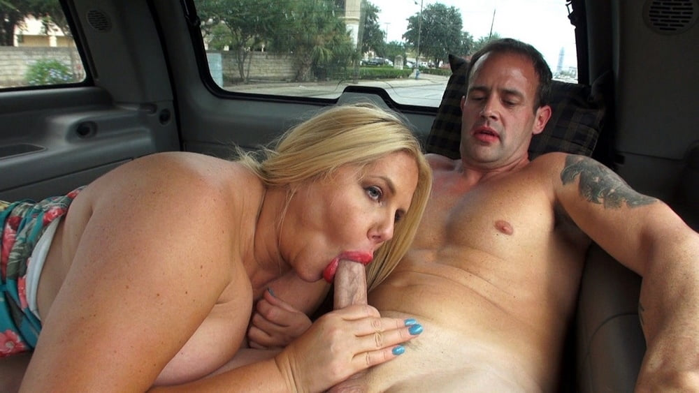 Stranded milf fucks truck driver for free tow on gotporn
