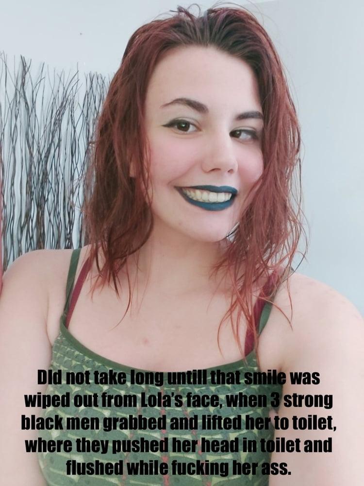 Exposing Sluts: Lola - 5 Pics