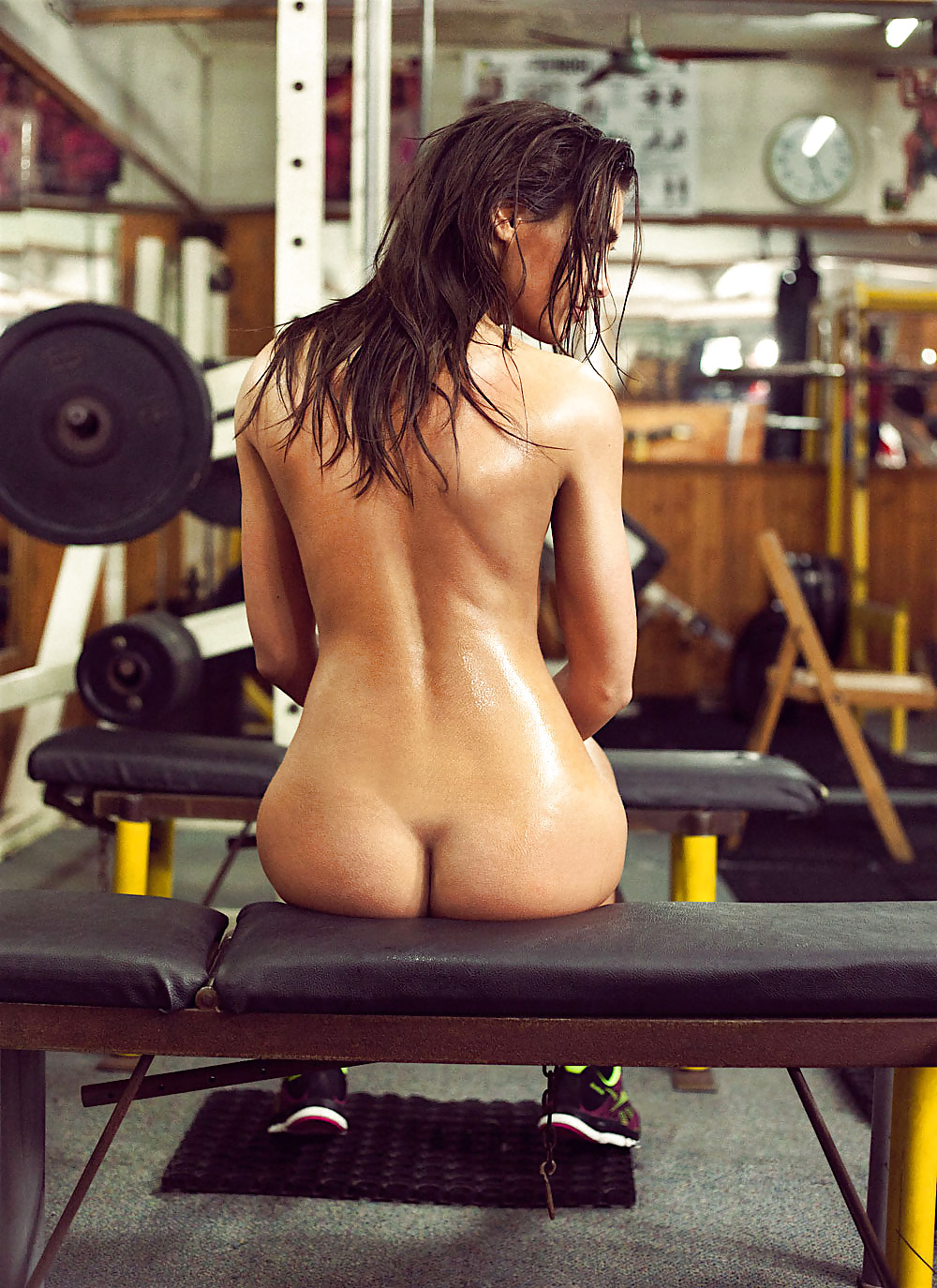 Hot Fitness Girls Nude Workout Photo