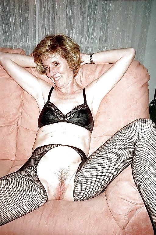 porn video HD Latex maid training
