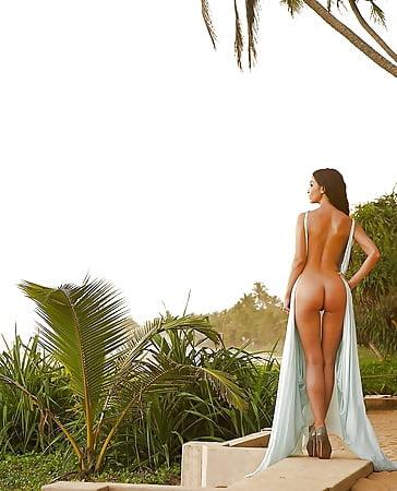Bilder sila nackt sahin Sila Sahin