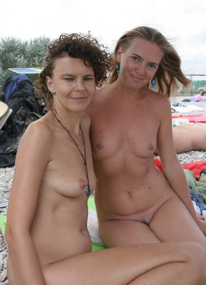 Naked mom blog