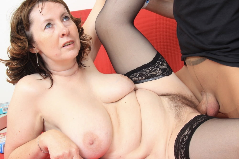 Naked amateur mature and nude women porn galery