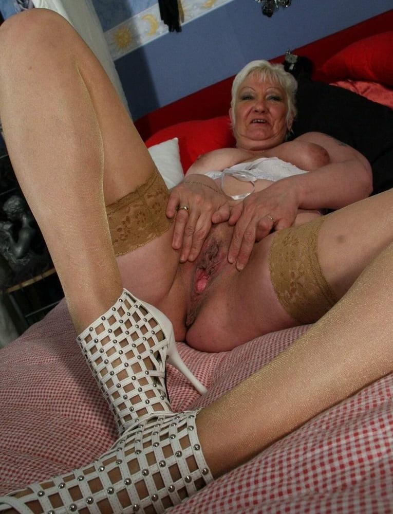Amber lee pantyhose galleries-4059