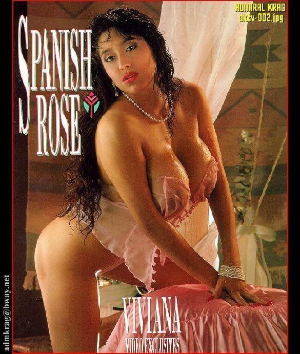 Sexy dark haired big boobs milf Viviana - 64 Pics