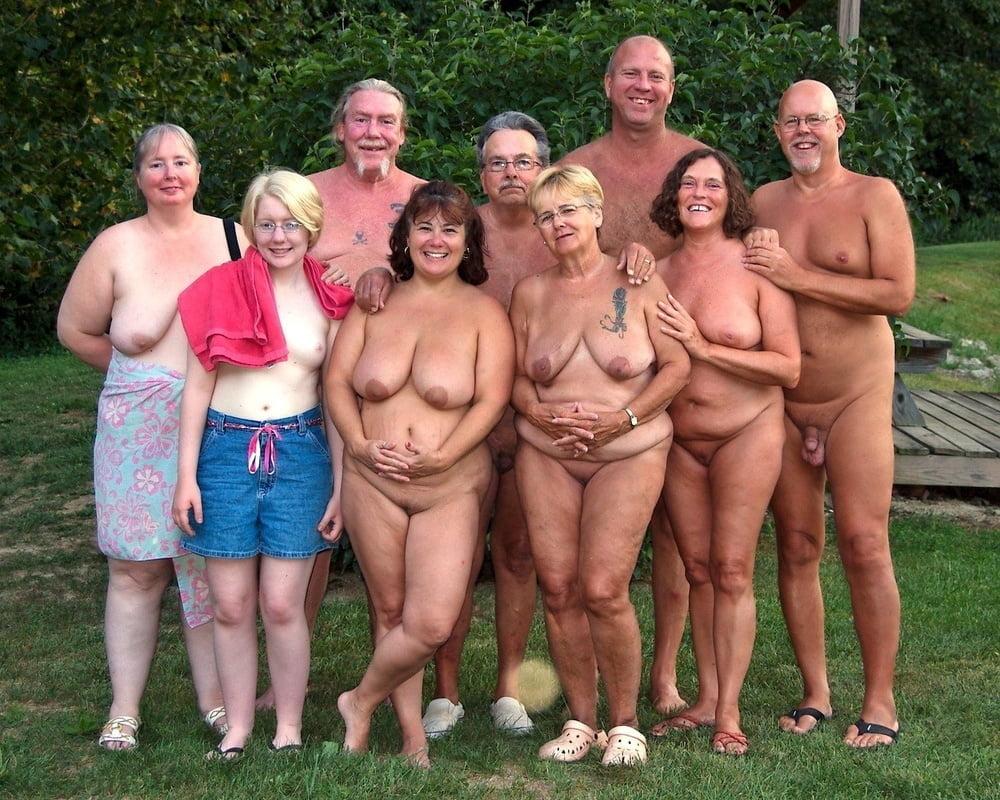 Mature panties porn pic