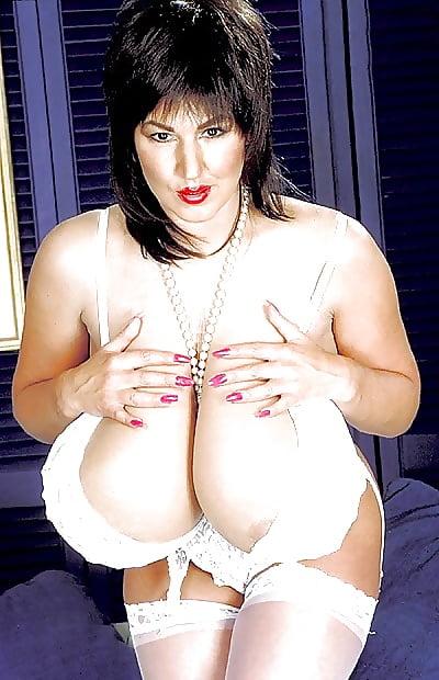 Showing porn images for zena fulsom big tit gif porn