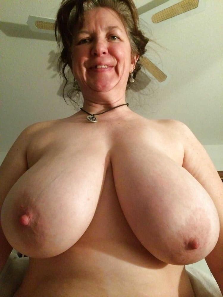 Saggy tit wife