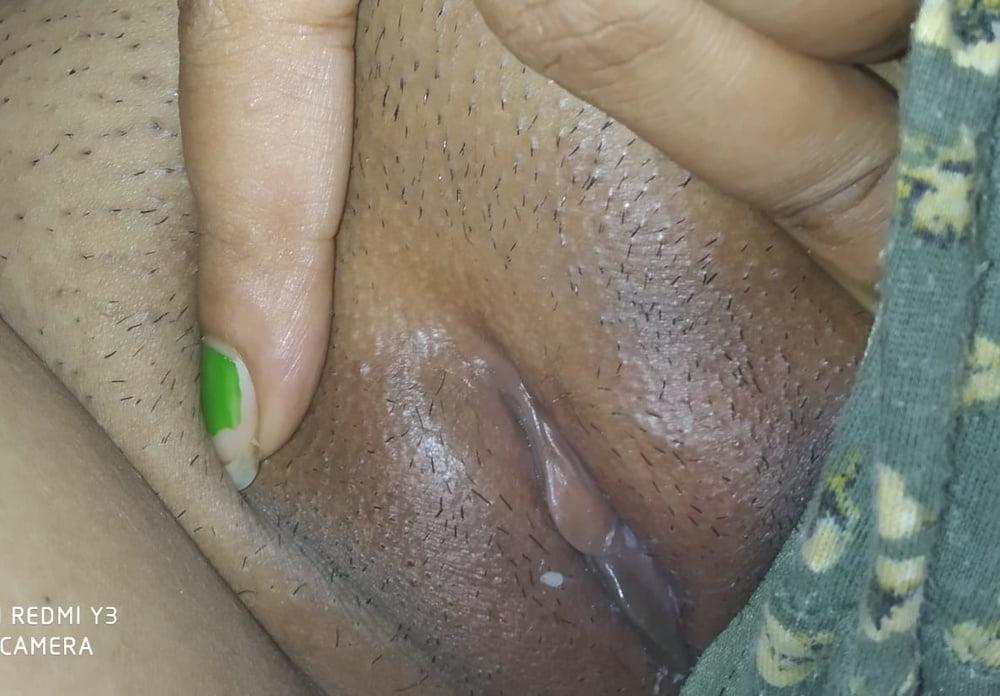 Desi village girl nude show - 19 Pics
