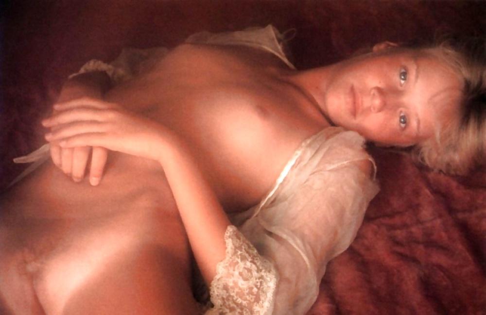 Catherine Holland Female Fitness Nude