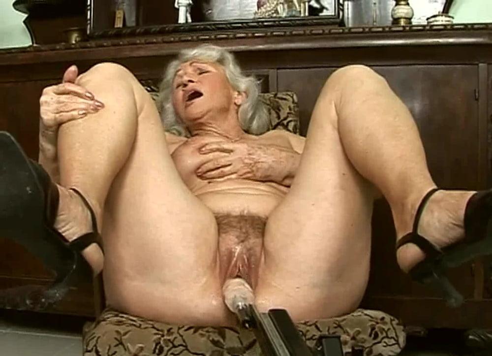 Порно секс-машины фото с использованием пожилых женщин онлайн извращенец
