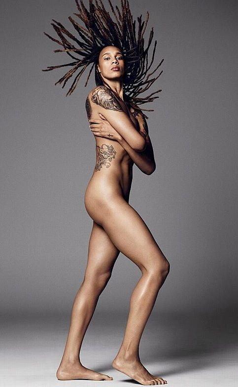 Celebrity nude female