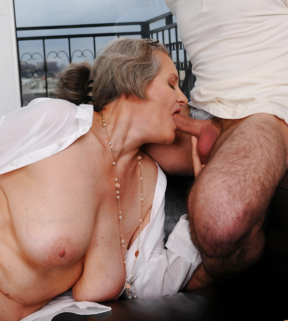 Ladies who are mature and like cock