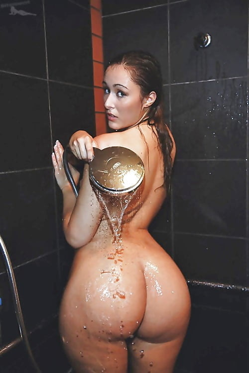 Showing For Big Butt In Shower Pinkworld 1