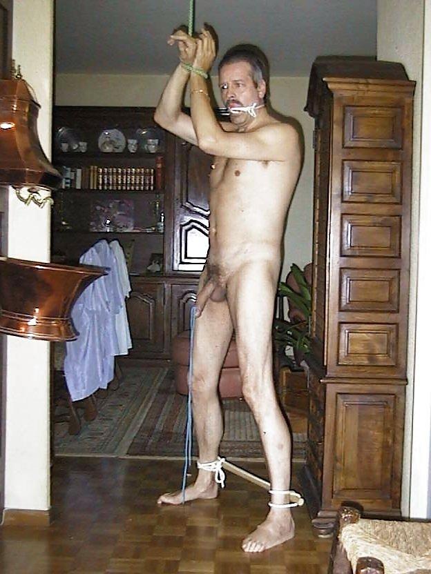 Nude bondage photos