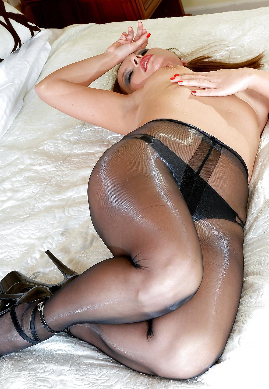 Search options xxx pantyhose results clockwork orange girl