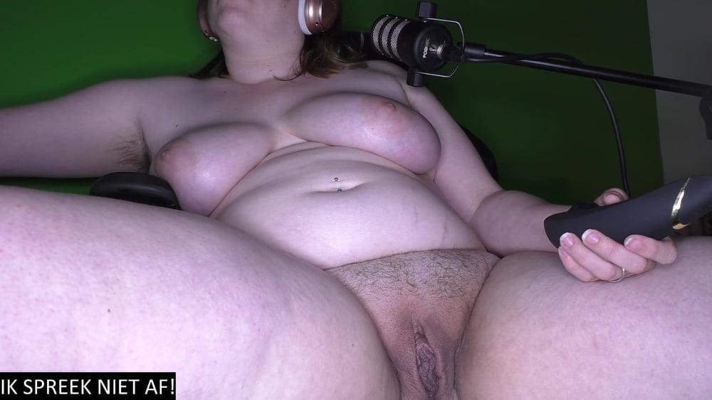32y old Dutch Krystal webcam hairy slut
