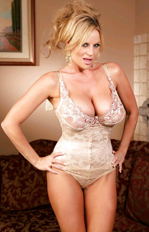Ebony beautiful older female pornstars naked