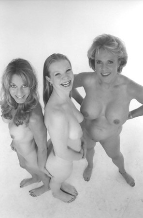 Girls getting nude videos
