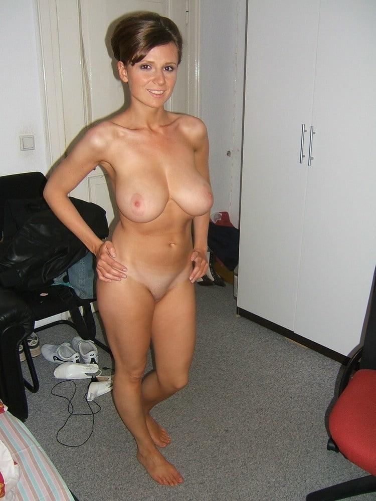 Big boobs mom gallery