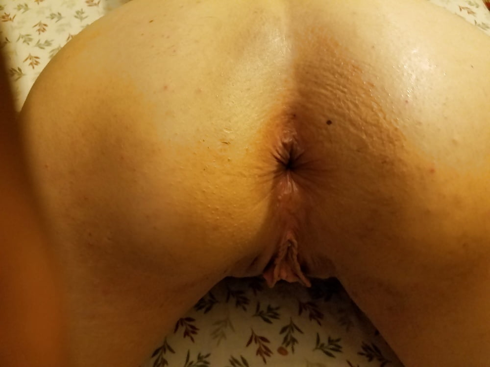 Ange proves that her pussy is as tight as her nice asshole - 5 9