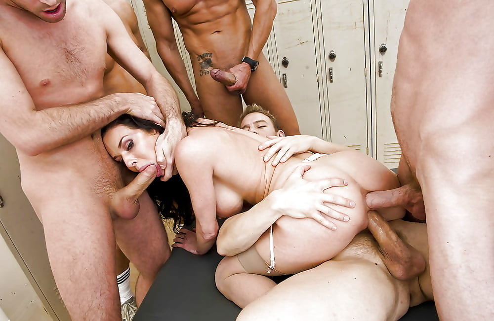 Gangbang for women — photo 8