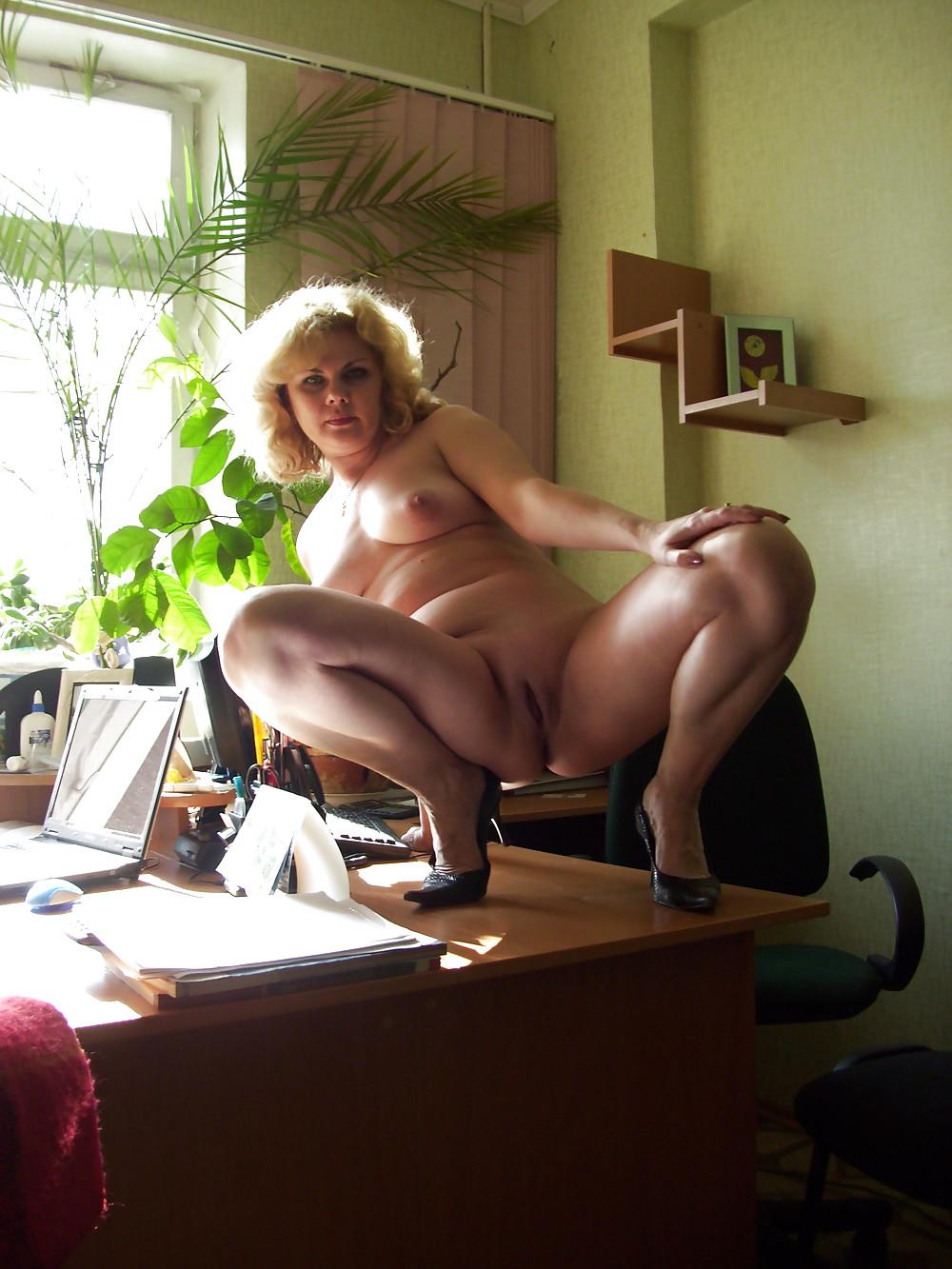 зрелые офисные дамы эротика губки чтобы переместившись