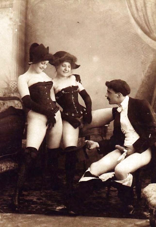 дореволюционные черно-белые старинные эротические фото - 7