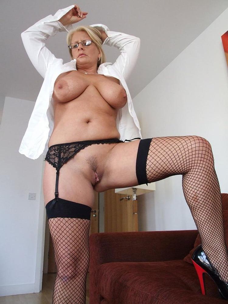 порно фото зрелых леди в чулках поимел