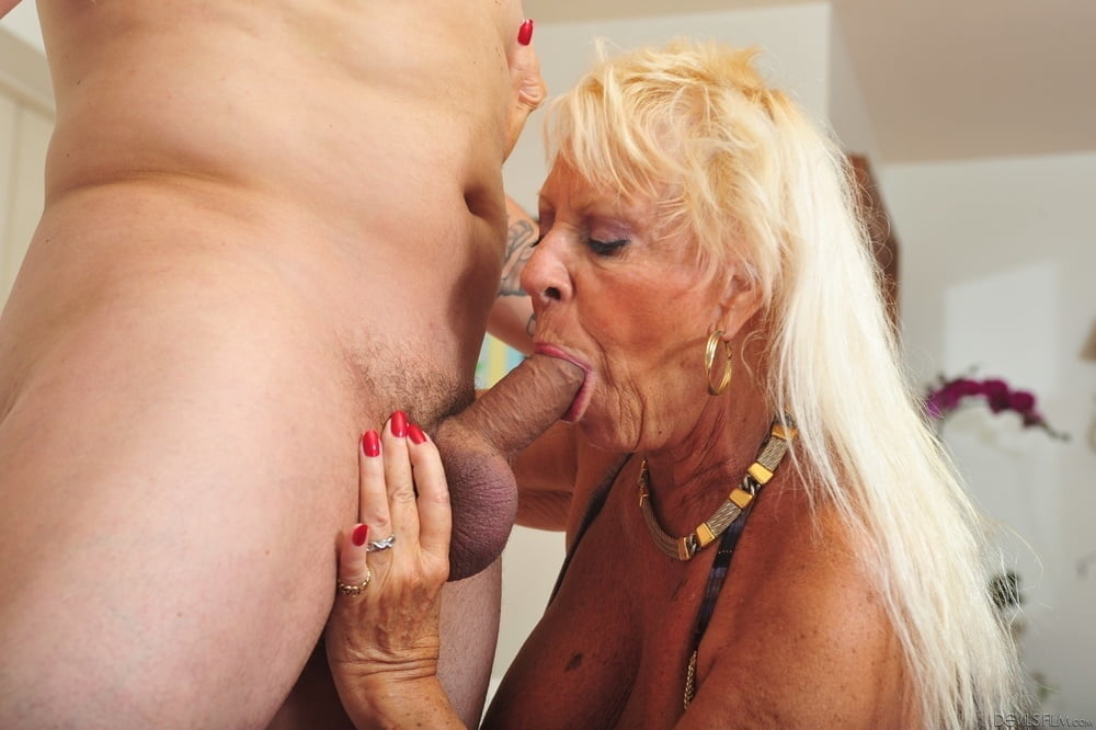 Watch granny martha lov sex