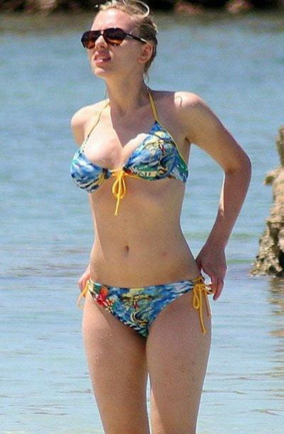 Scarlett johansson bikini photos-7867