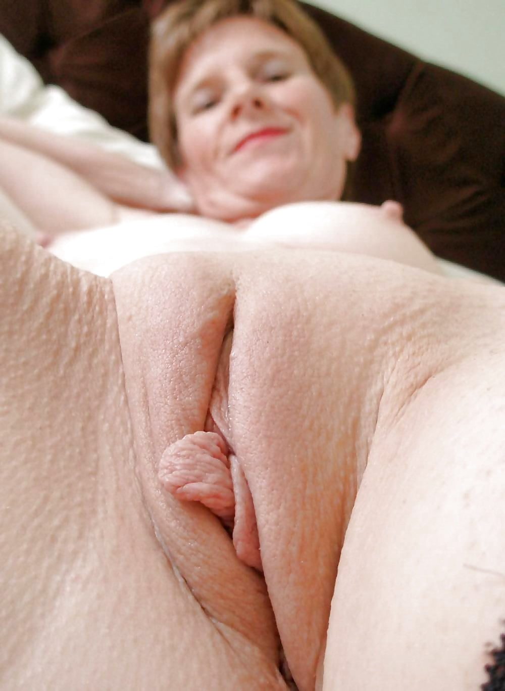 old-grannys-shaved-pussy-hot-naked-greek-girls
