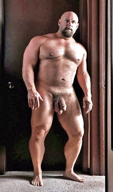 Big daddy muscle nude — photo 4